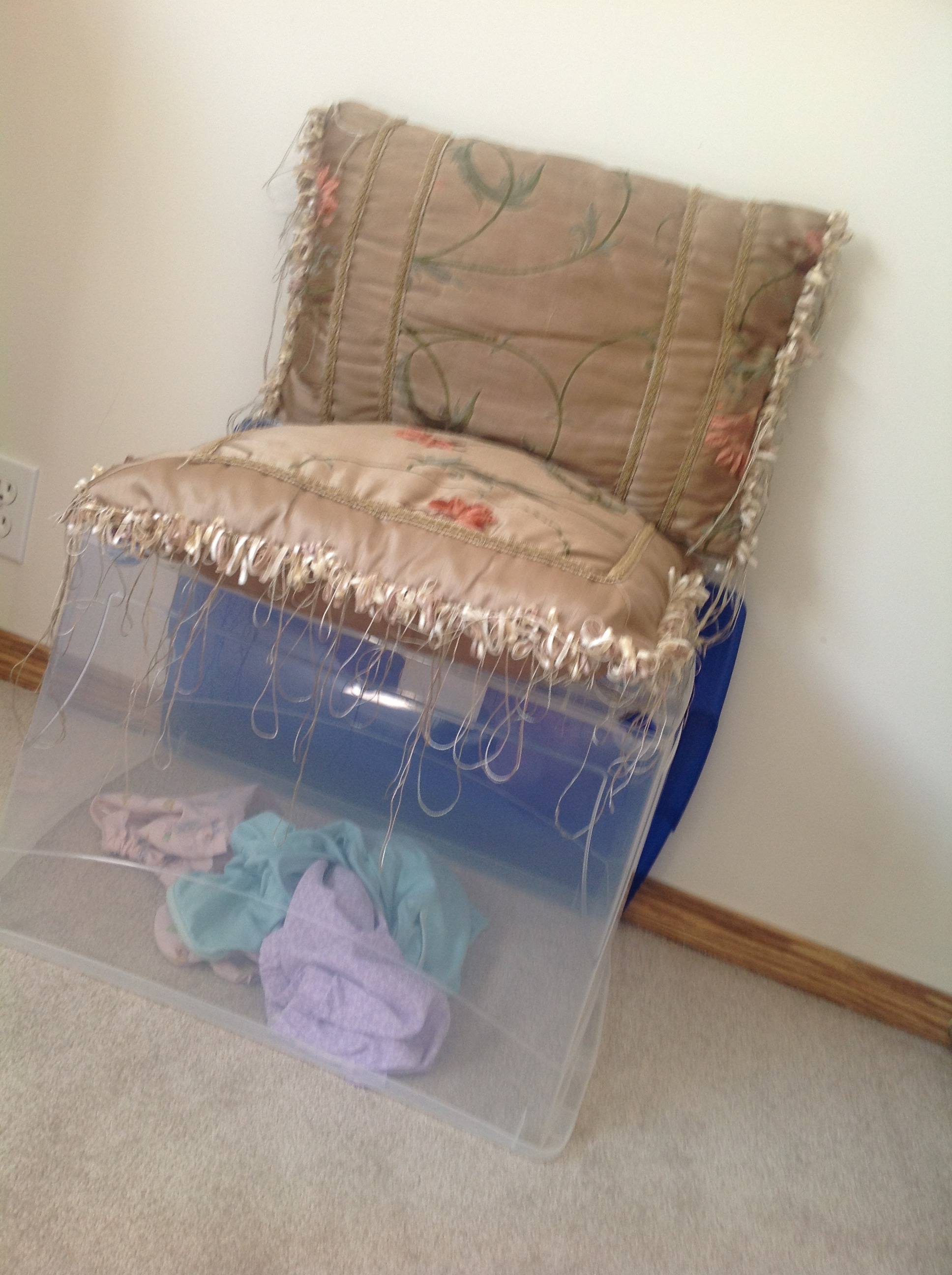 Dirty Laundry Bucket/chair Decor For Your Room!