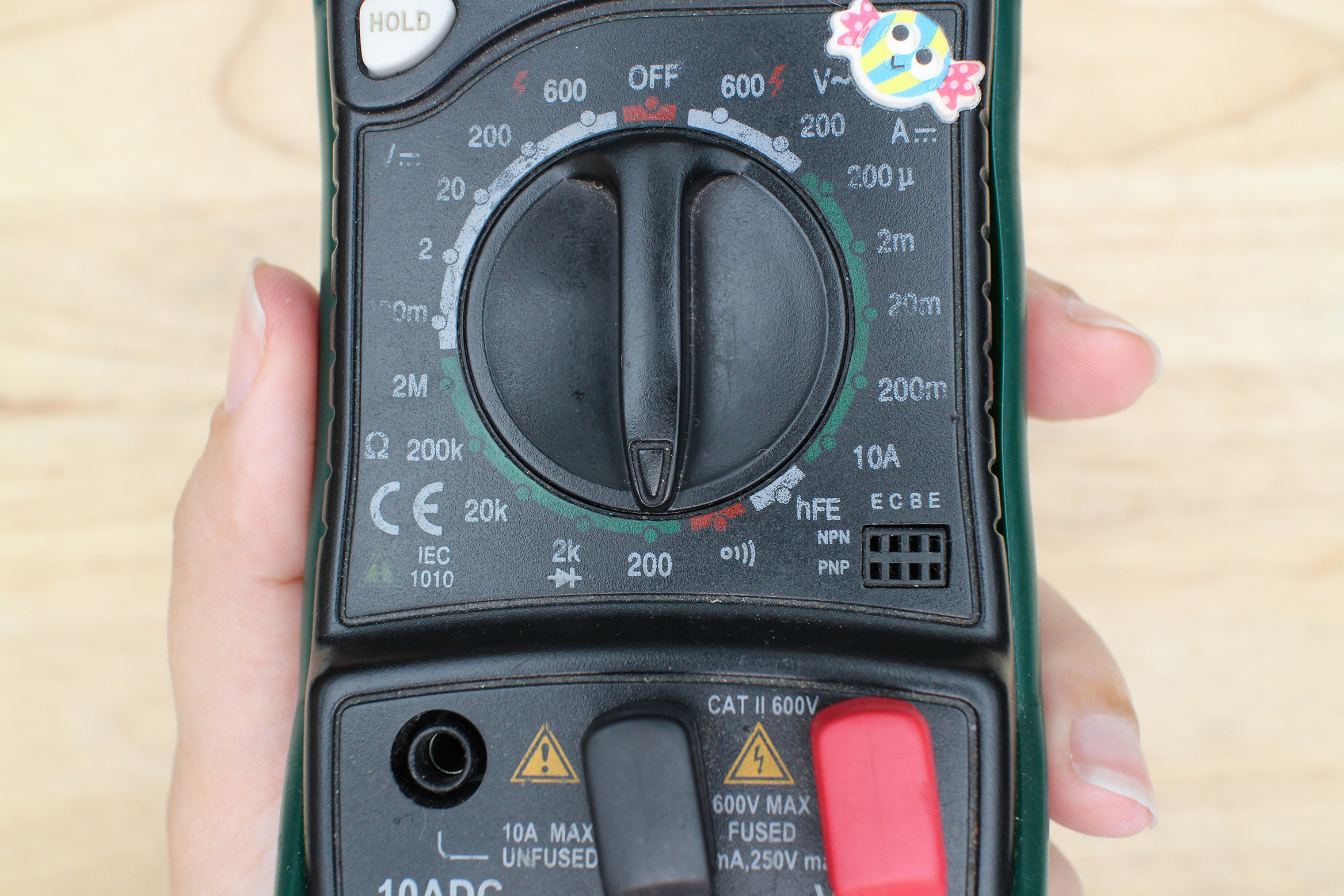 Introduction To Electronics Low Voltage Circuit Tester Besides Ohms Symbol On Multimeter Touch One Metal Lead With A Probe And The Second Other Value Should Pop Up Multimeters