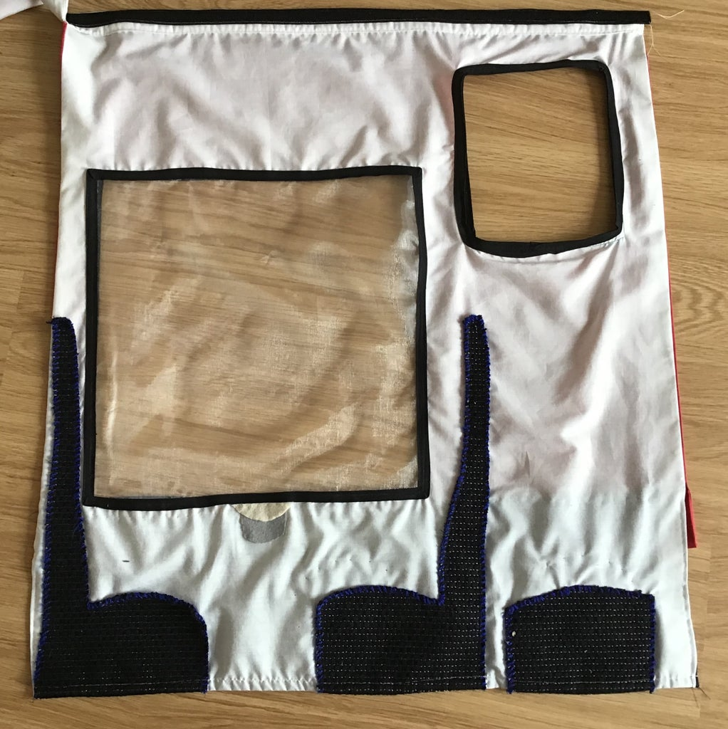 Making the Inside Side Front Sections (in White Poly Cotton)