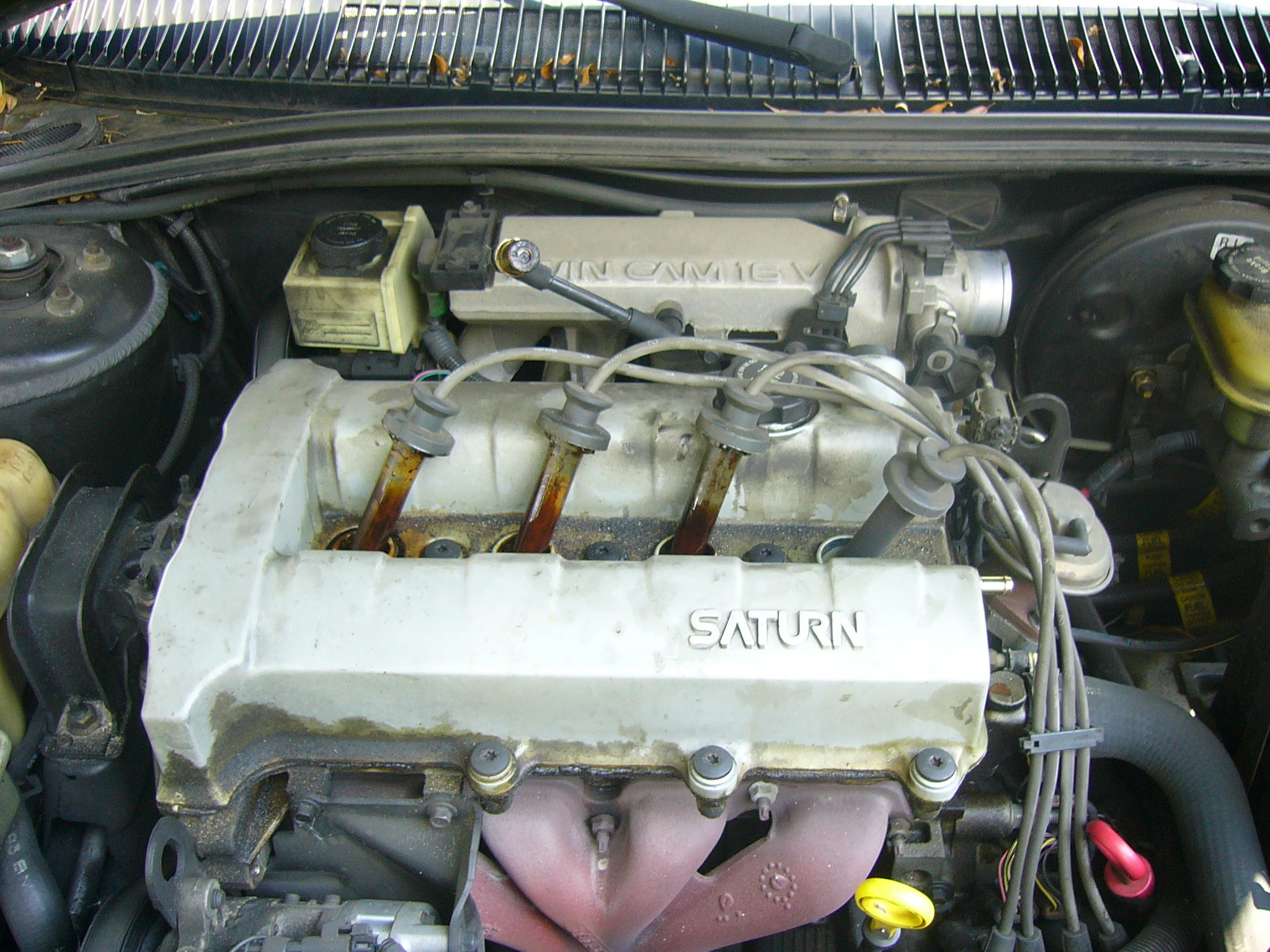 Replacing Your Car S Valve Cover Gasket 10 Steps With Pictures Instructables