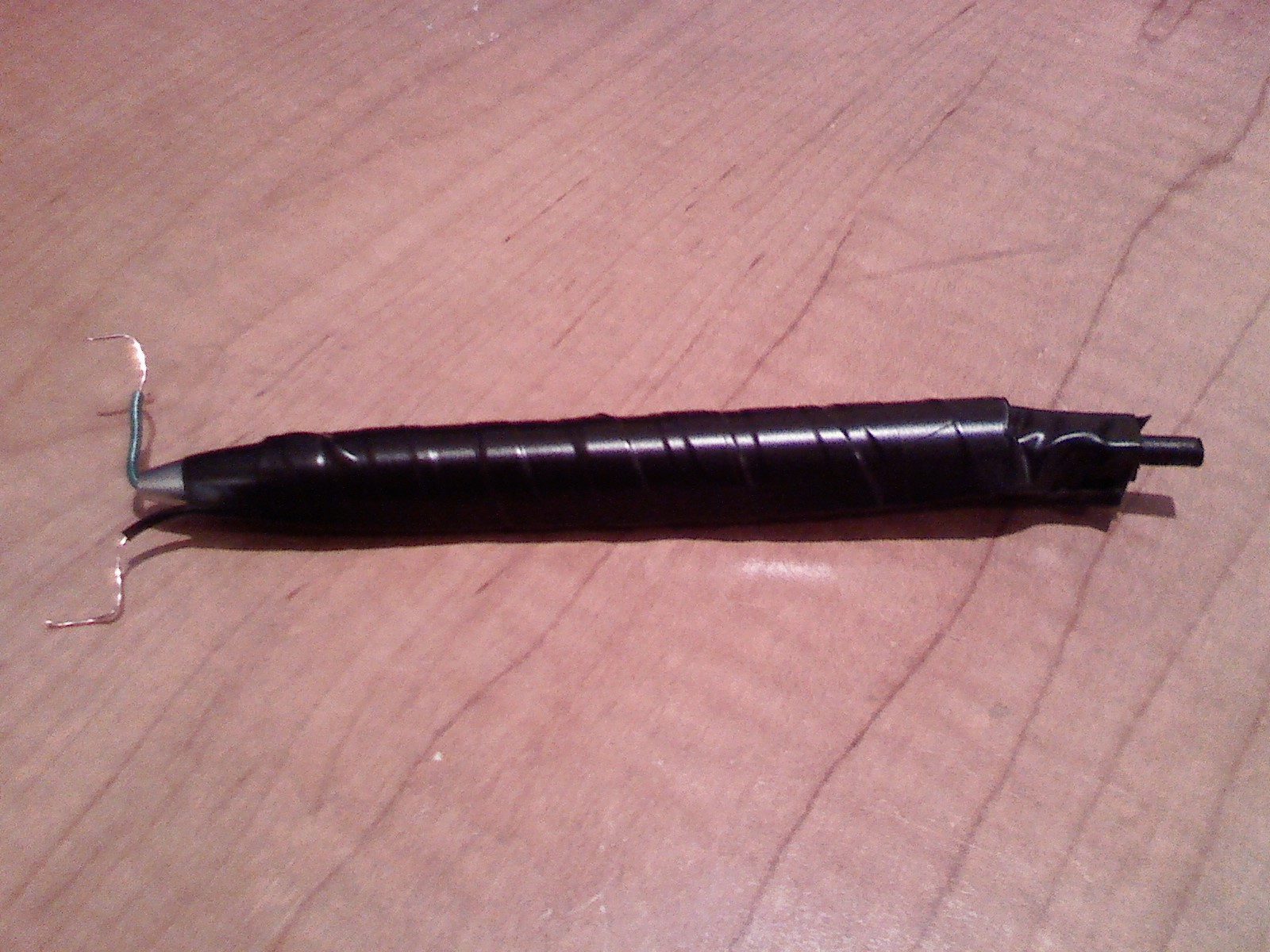 Simple Pen Taser ( Not a real taser, it shocks your friends! )