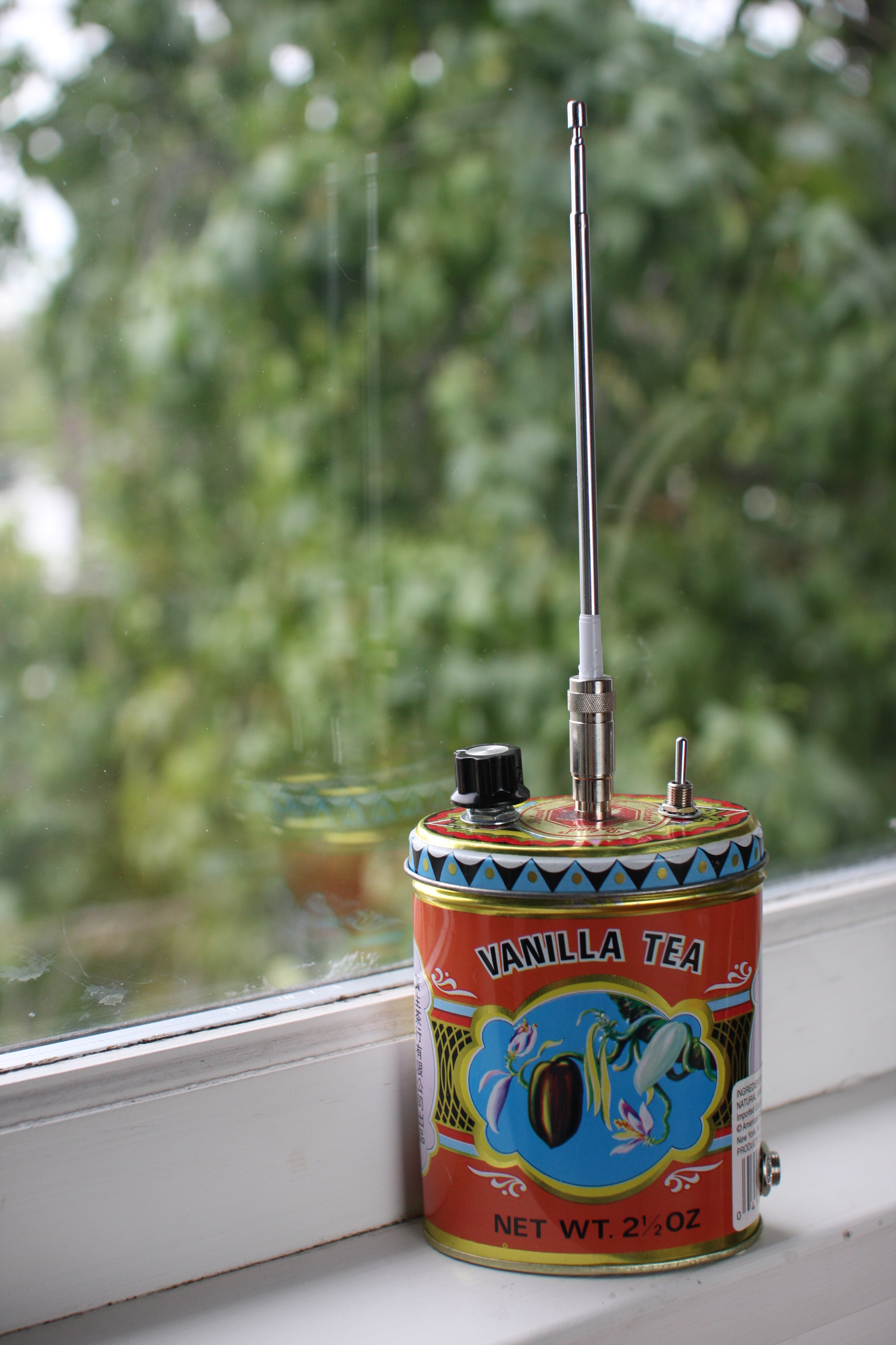 Make a Theremin Enclosure Out of an Old Tea Tin