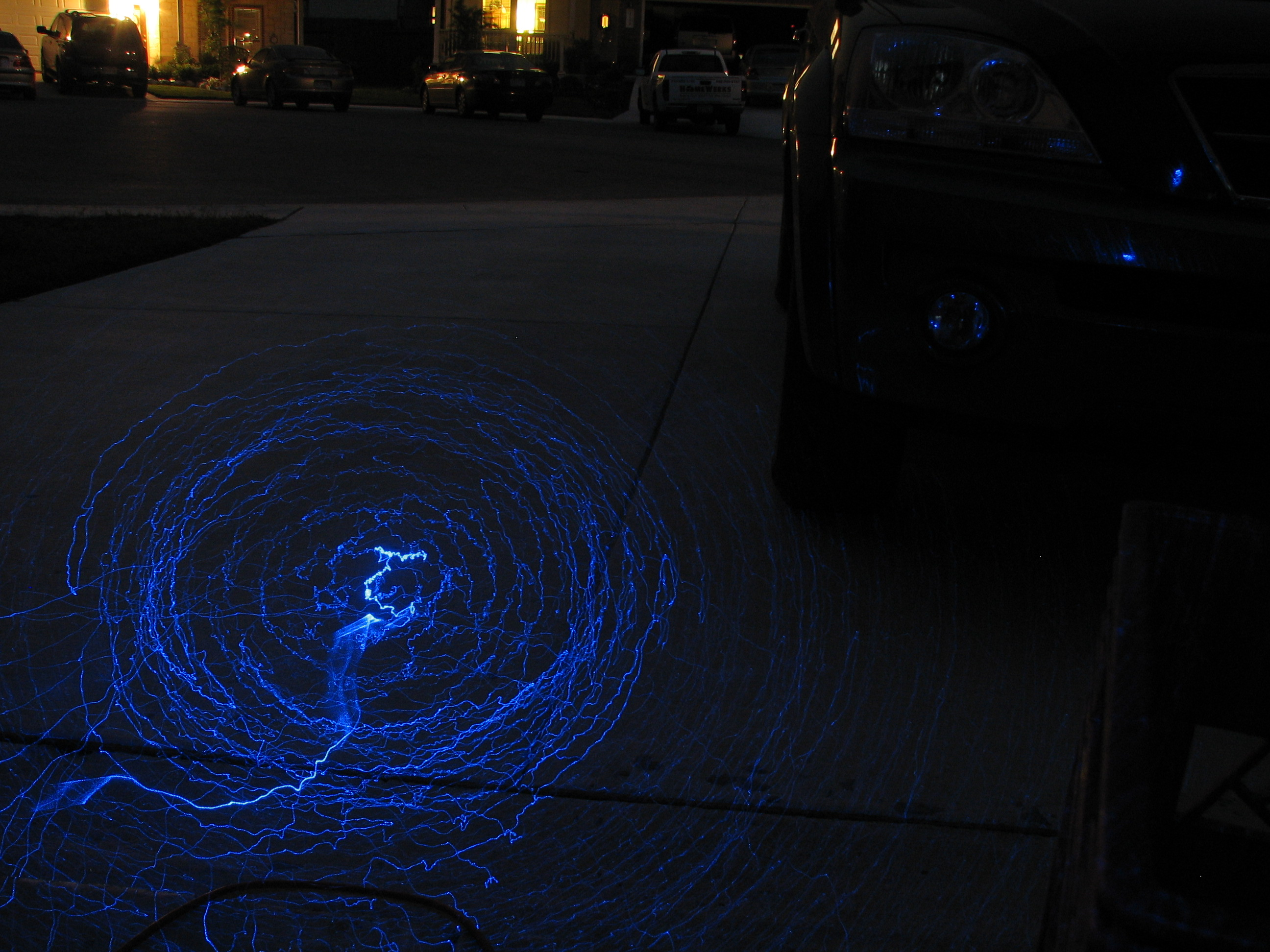 How to write with a blue or green laser pointer and take photos