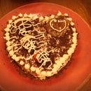 Valentine Chocolate Strawberry Cake