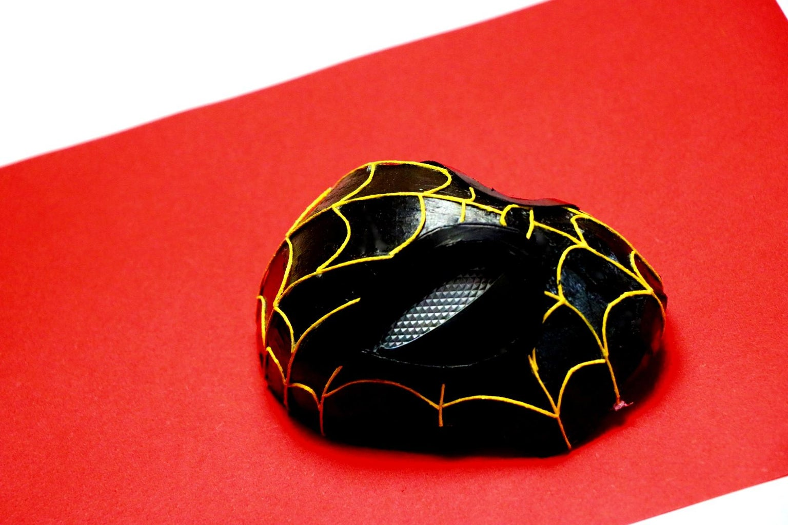 Functional Spiderman Mask From No Way Home With Moving Lens - Gold and Black Mini Version