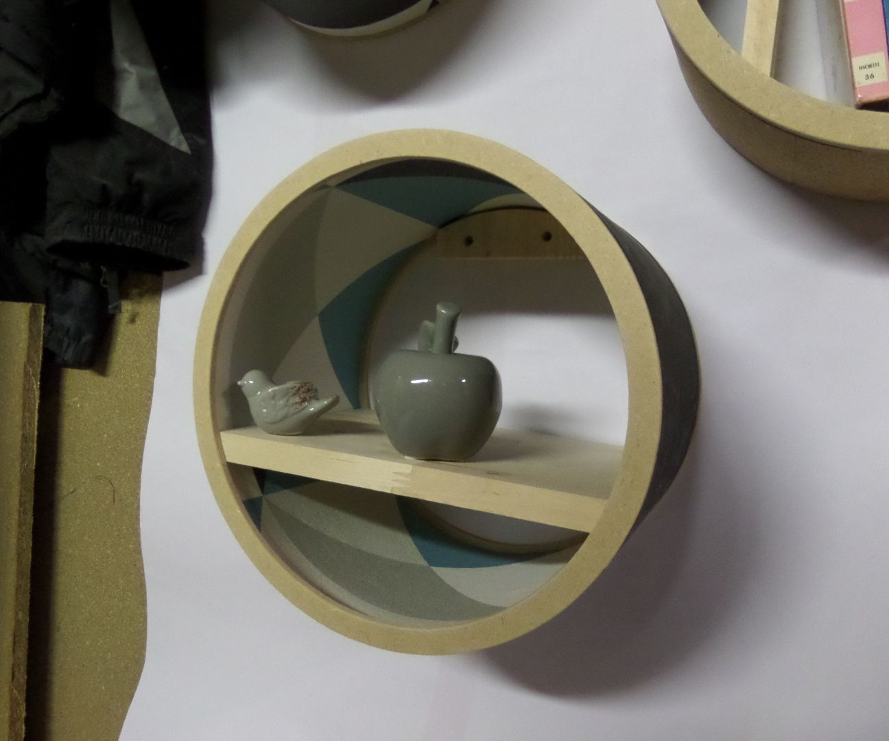 Salvage carboard pipe shelf