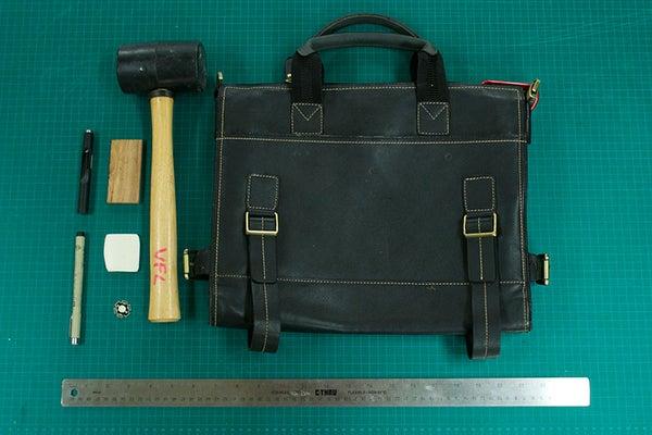 """Lumi Lock""  Messenger Bag"