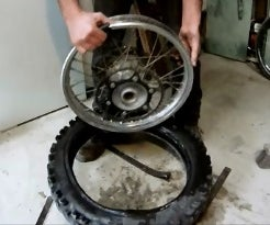 How to Change a Motorbike Tyre Using Tyre Levers & a Spade