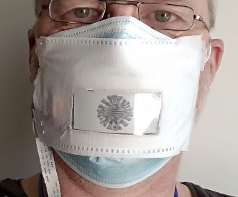Face Mask With E-Paper Display