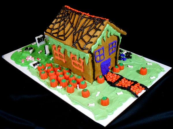 Pumpkin Spice Bread Halloween House