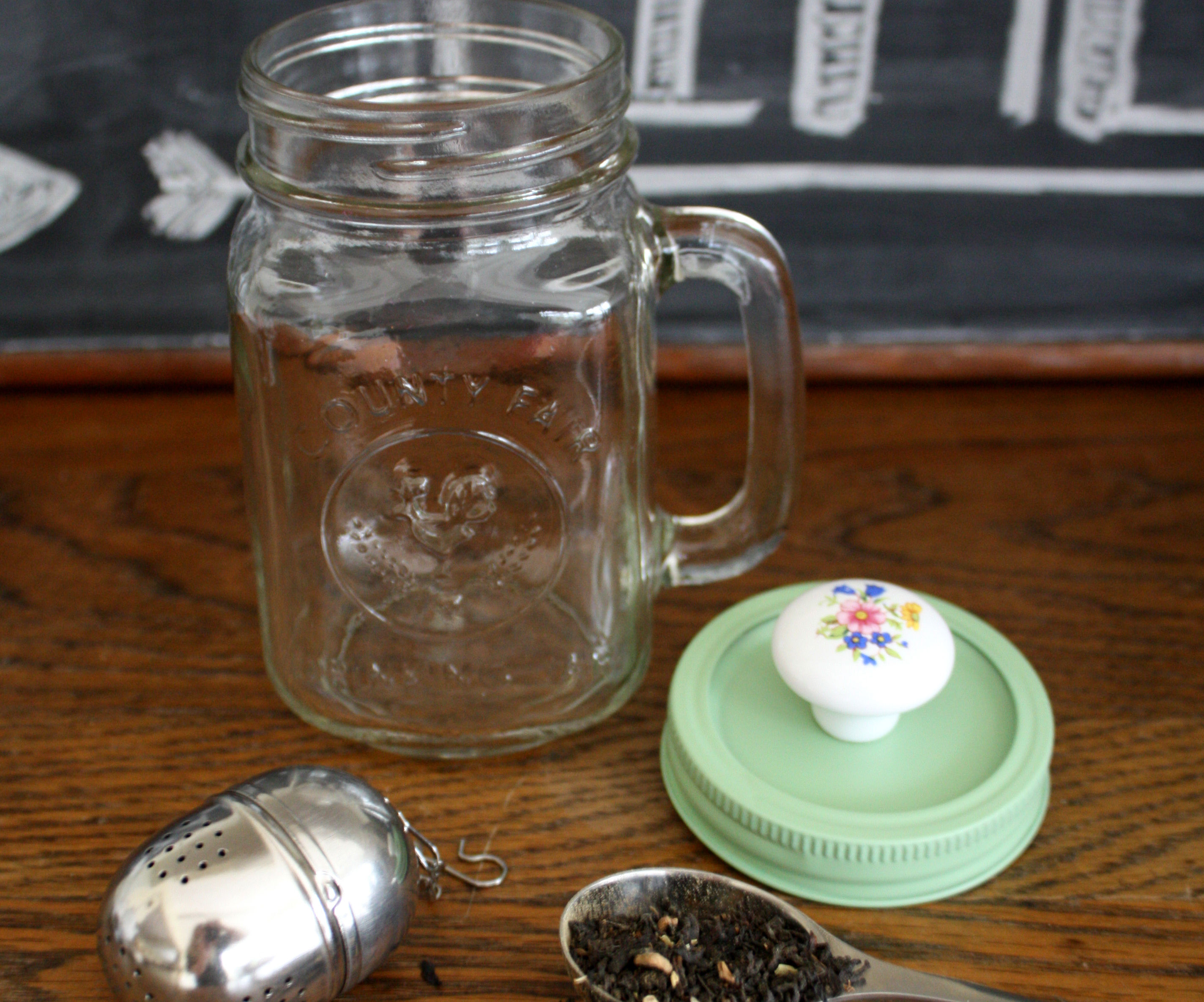 Mason Jar Tea Cup With Built In Tea Ball