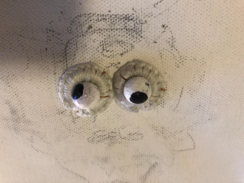 Flip Dots Eyes