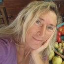 Ana Quadros