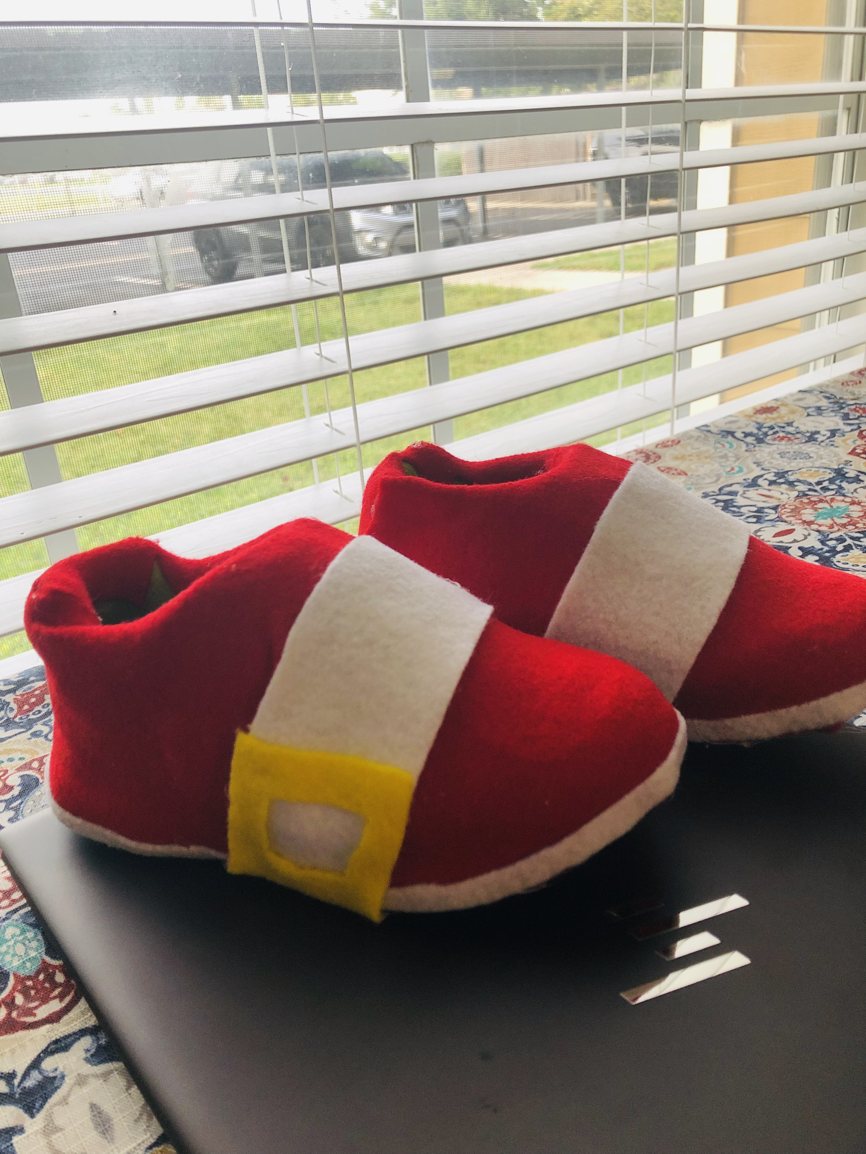 How to Make Sonic Shoes.