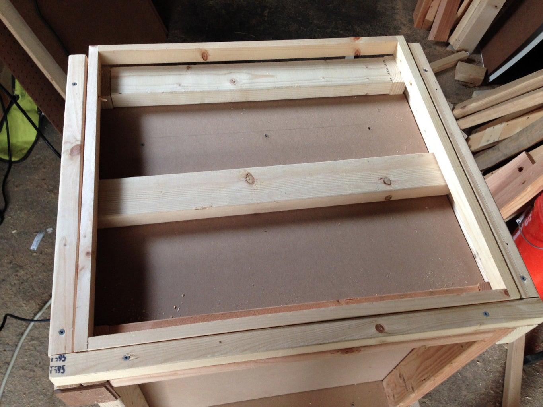 Construct Extendable Side-Shelf