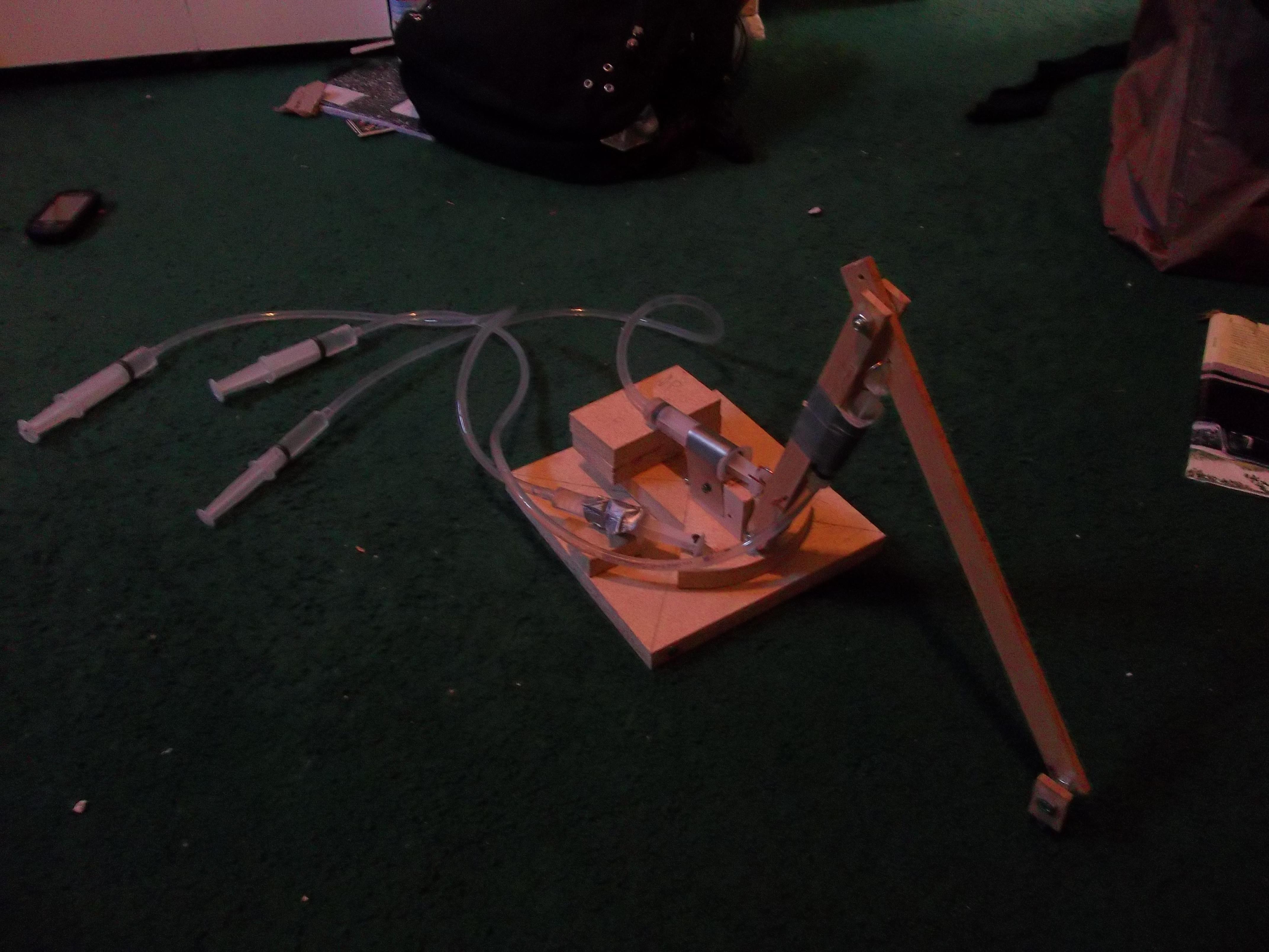 simple hydraulic robot arm