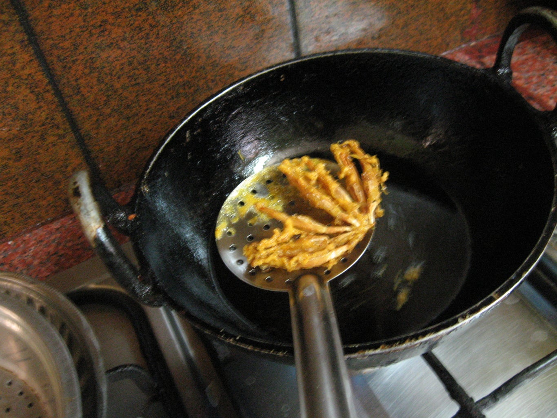 Separate Deep-fried Florets
