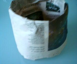 Compostable Newspaper Bucket / Cubo De Papel Compostable
