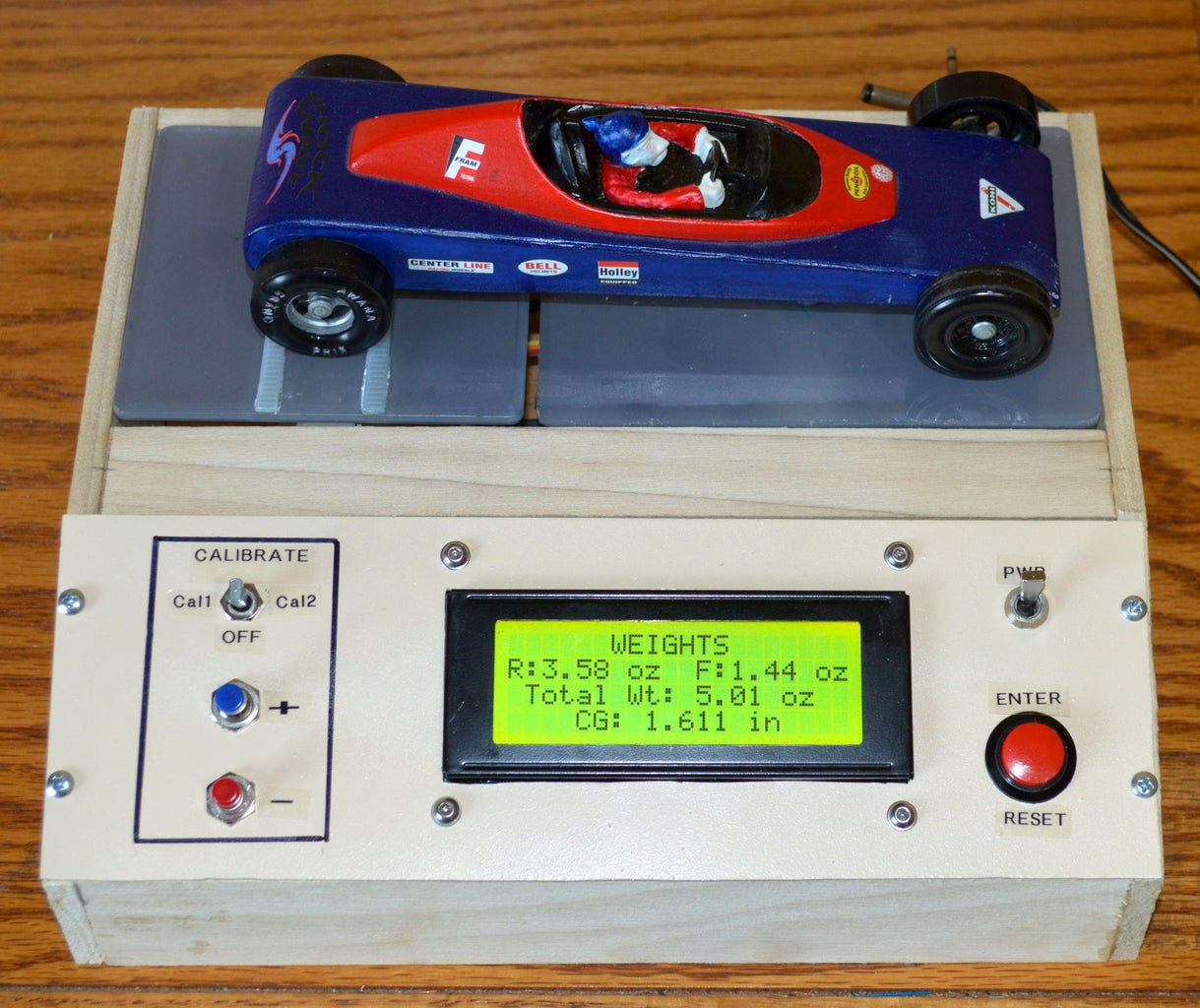 Pinewood Derby Car Scale With Center-of-Gravity (CG) Calculation