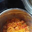 Easy Instant Pot Pasta and Meatballs