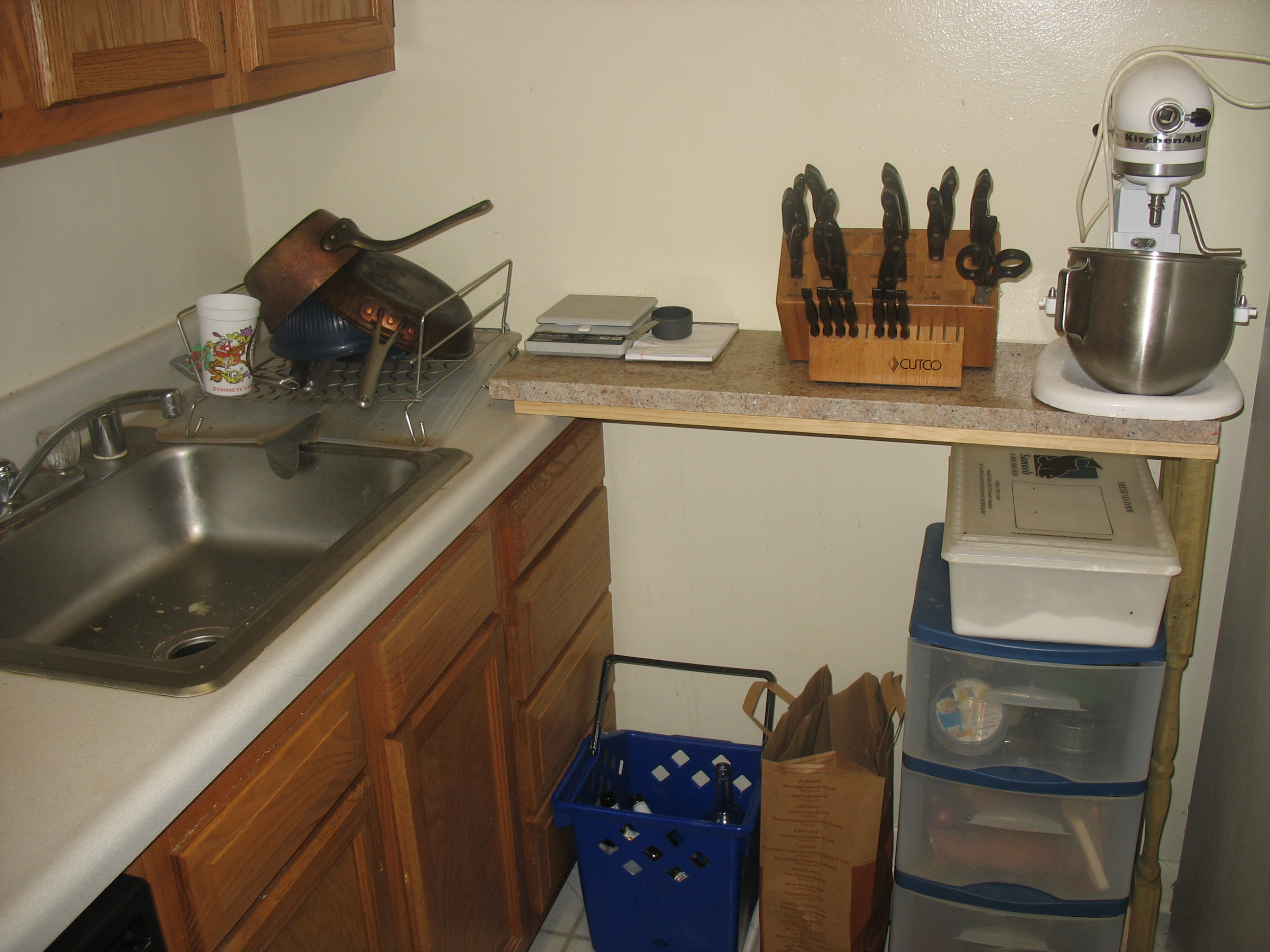 A no-nail, no lost security deposit kitchen counter extension for renters