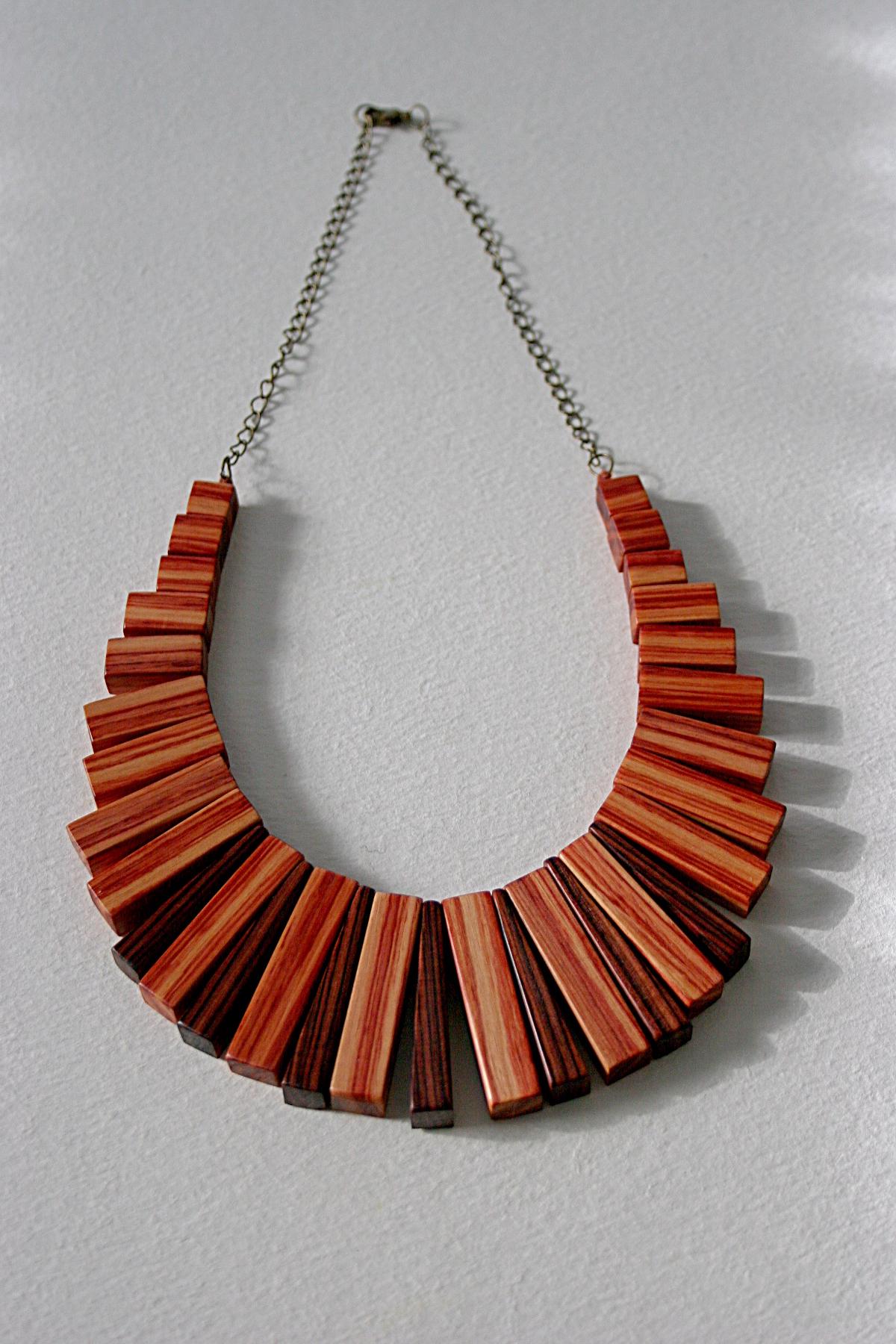 Art Deco wood necklace