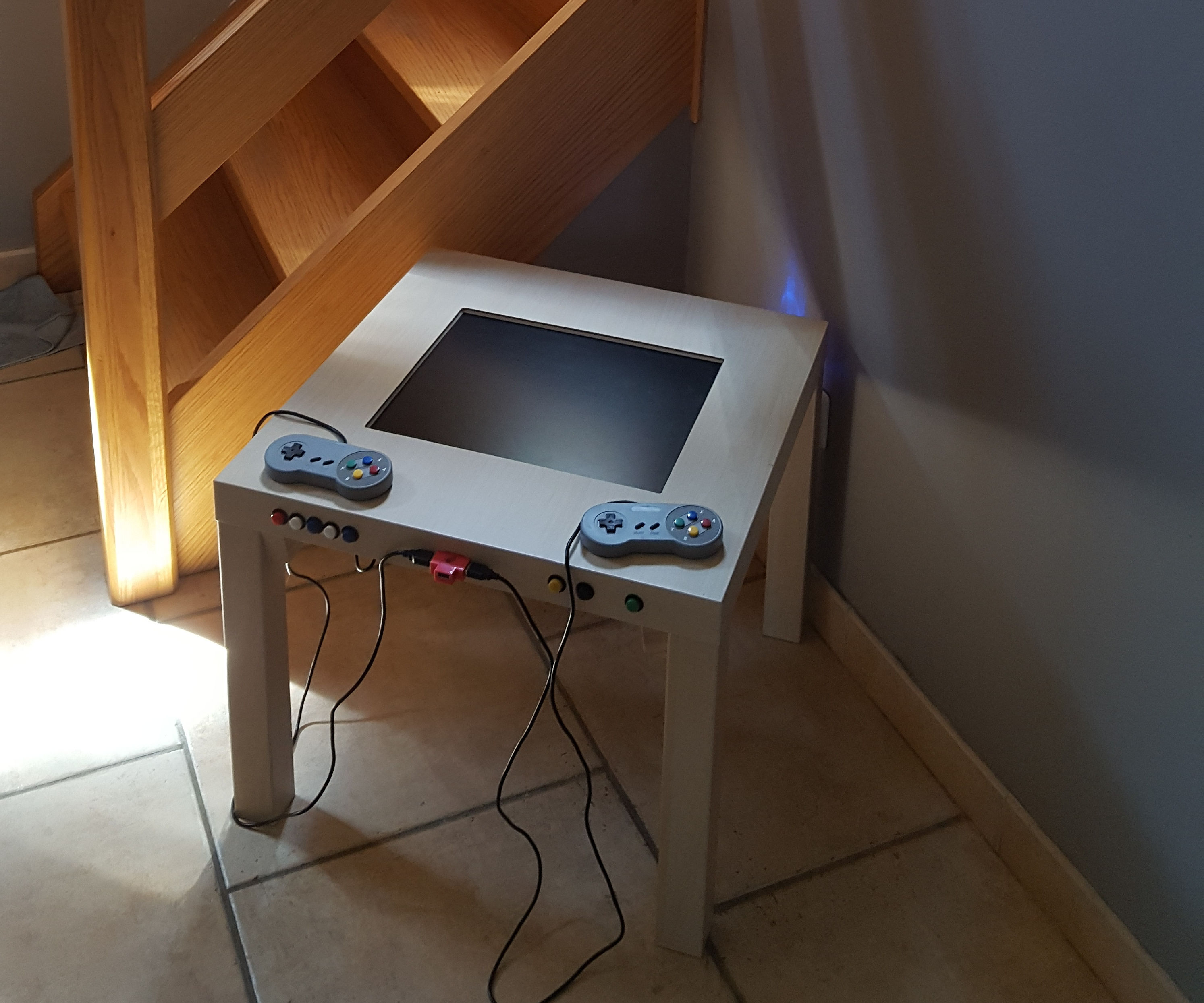 Cheap retro gaming arcade table with integrated display