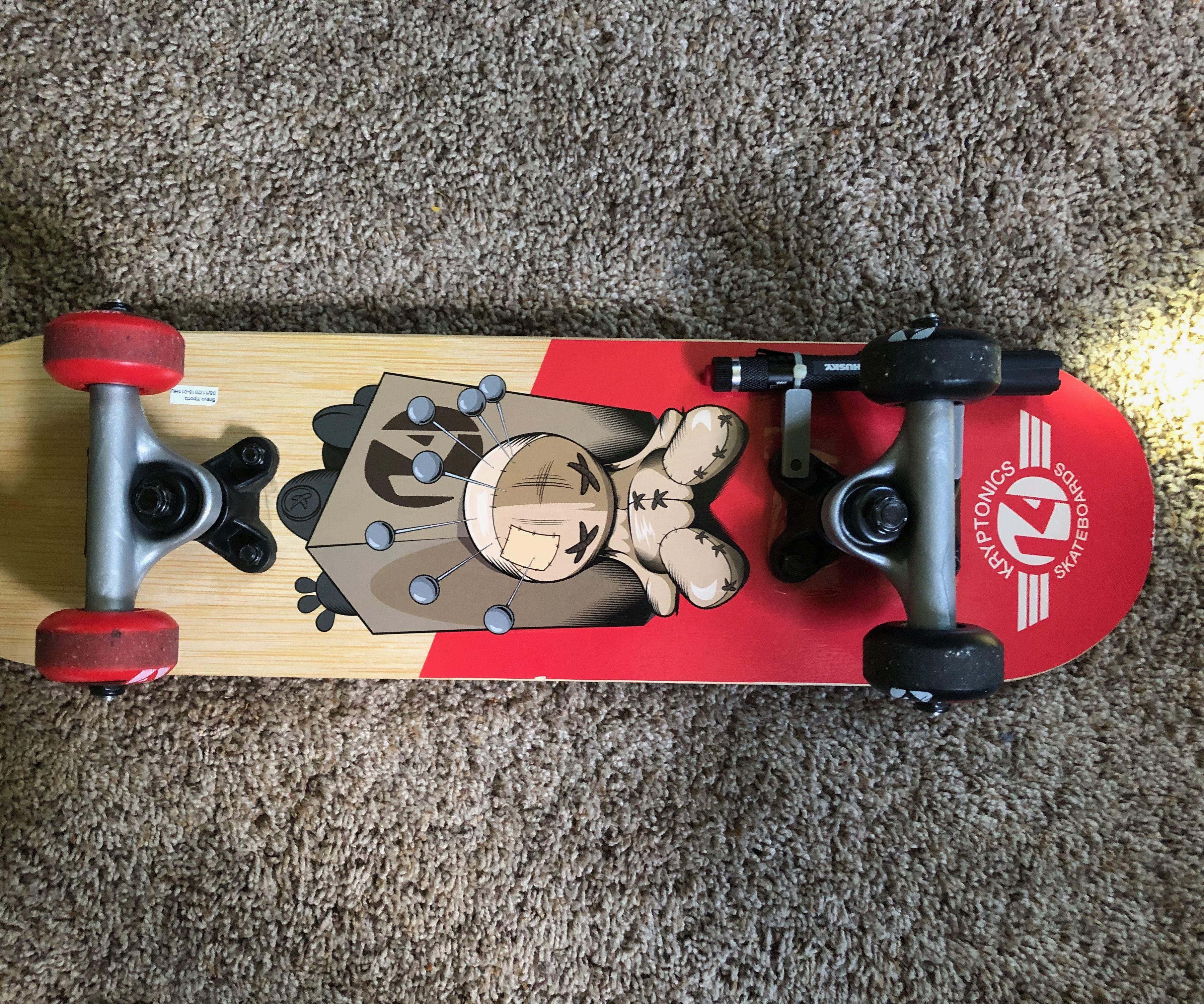 DIY Skateboard Flashlight