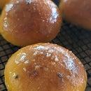 南瓜面包的蜂蜜百里香釉