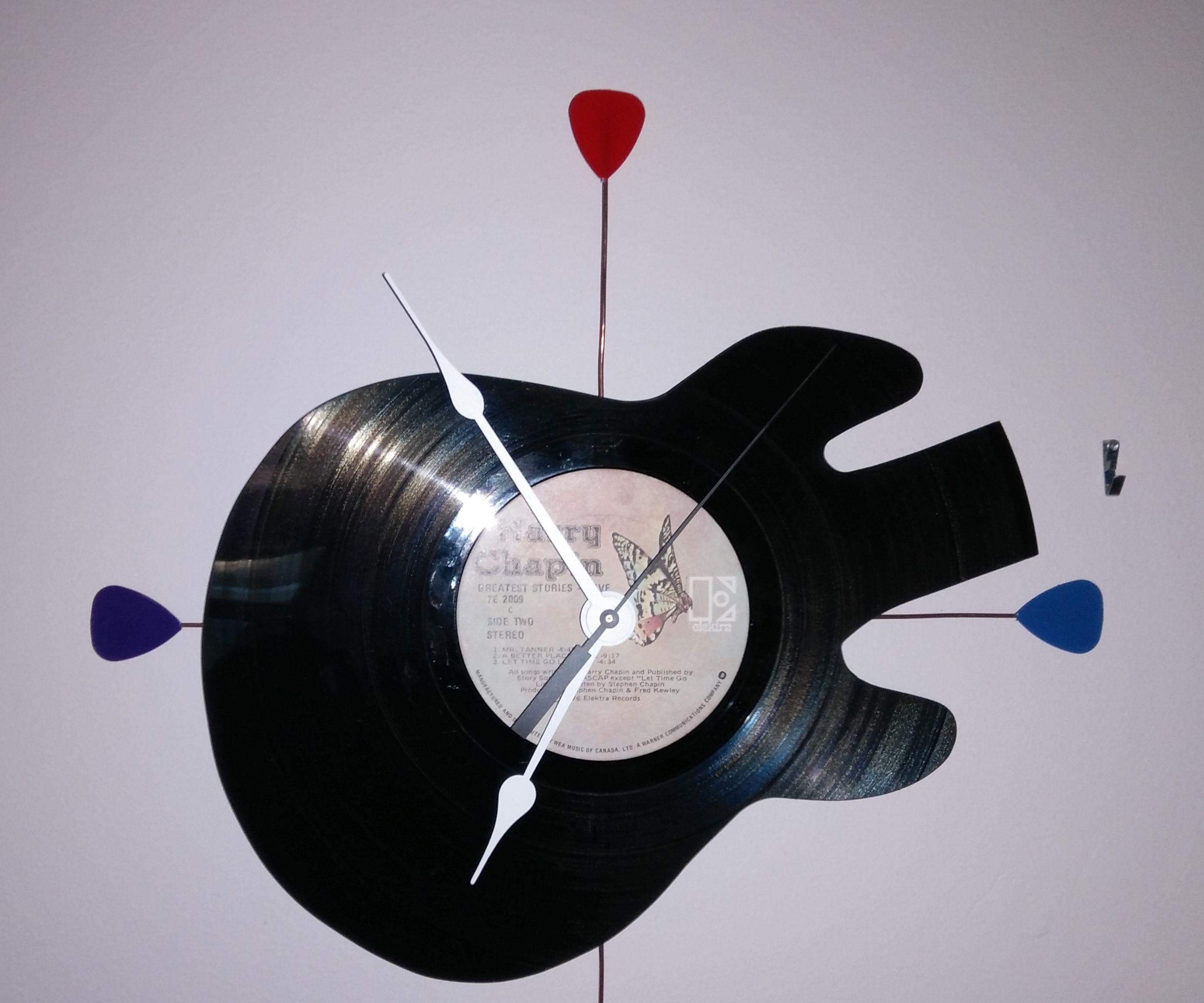 Vinyl Record Guitar Clock