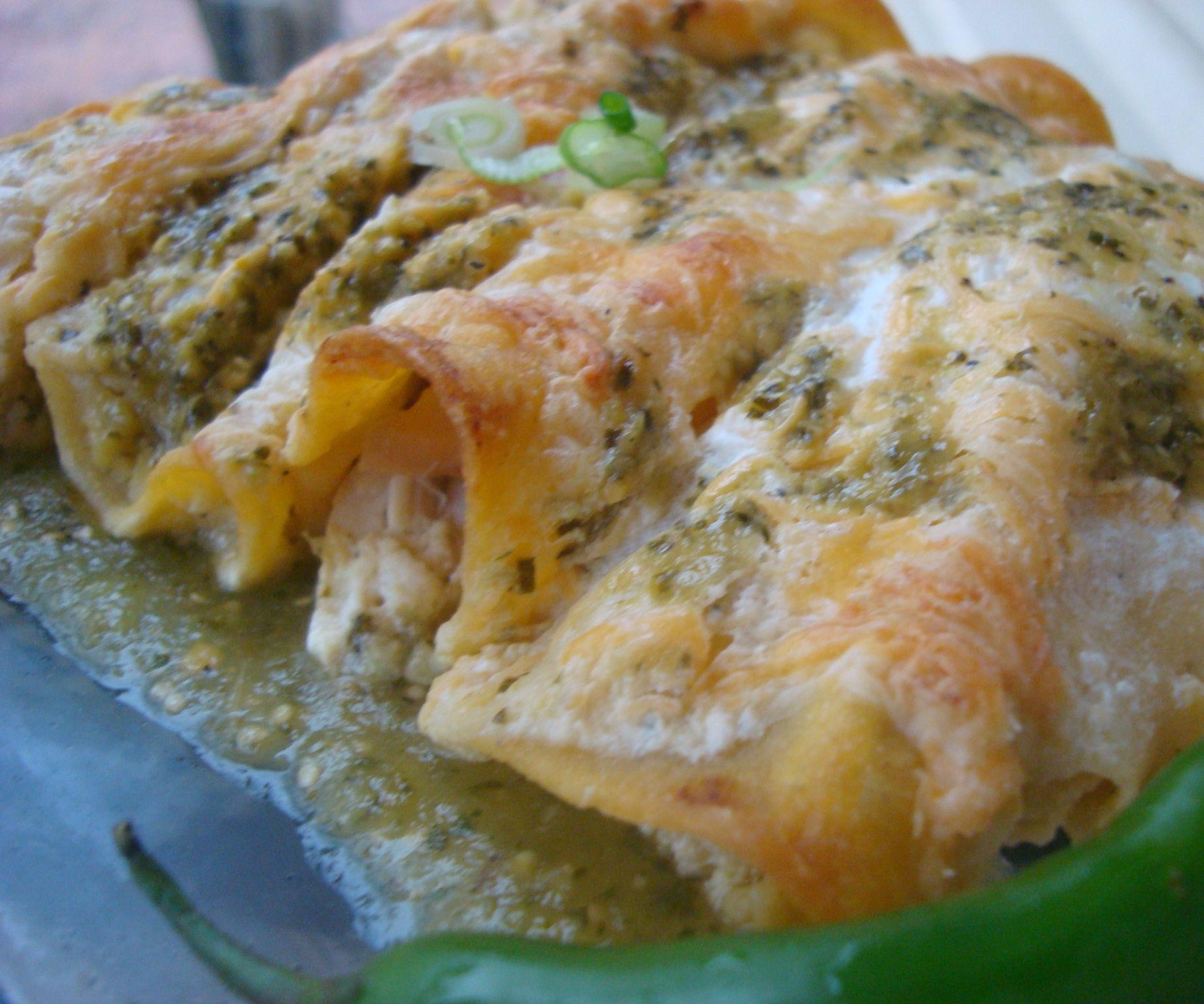 Chicken Enchilada with Tomatillo Sauce