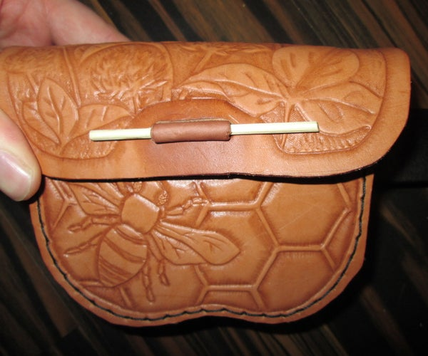 Curvy Leather Belt Pouch