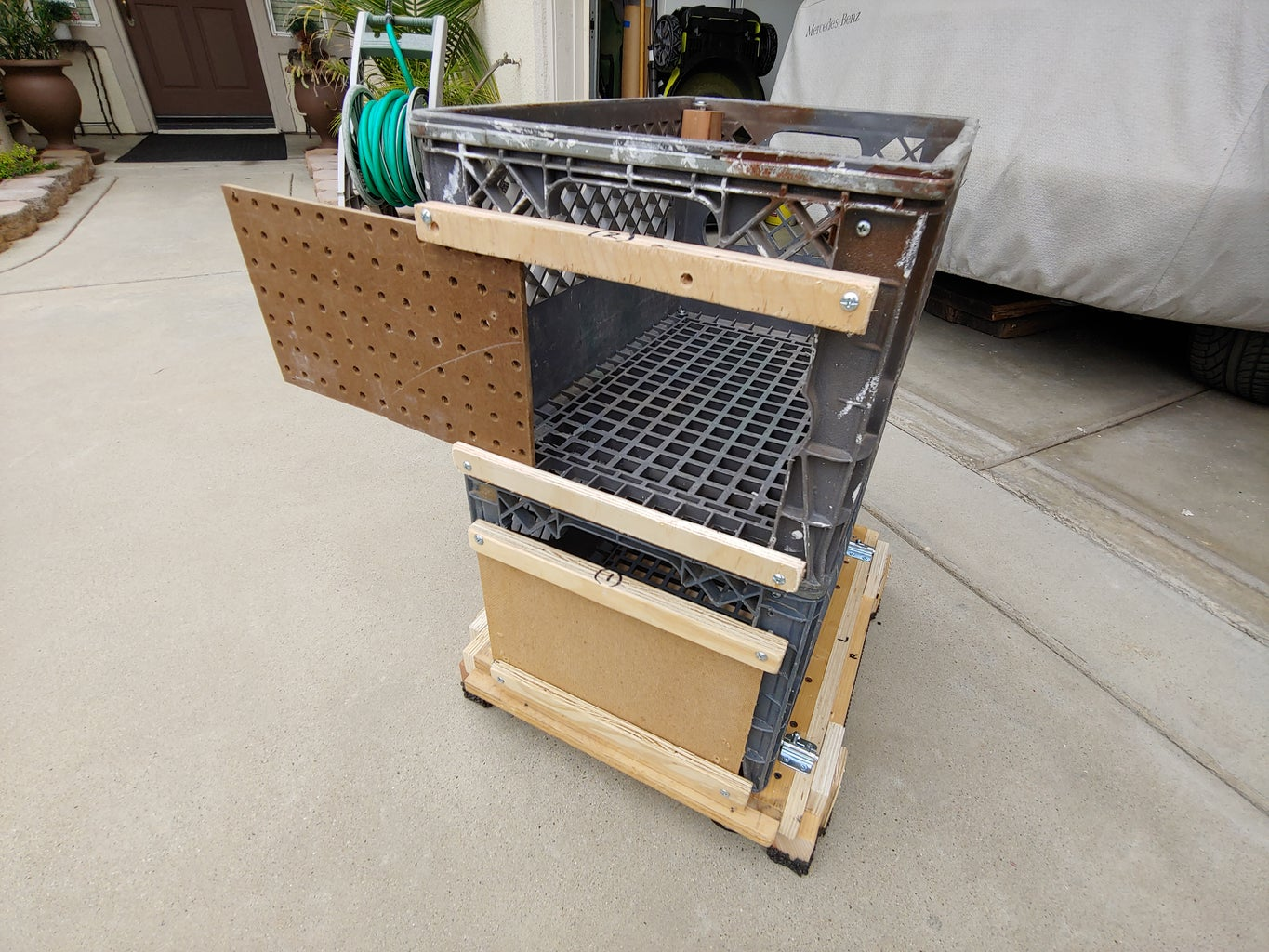 Middle Crate-
