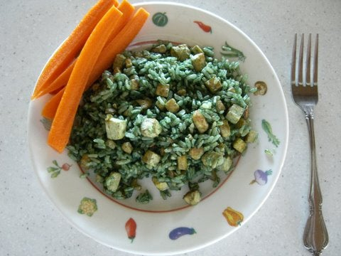 """Tasty & Easy to Make """"Green Rice"""" With Spirulina"""