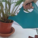 Foldable watering can