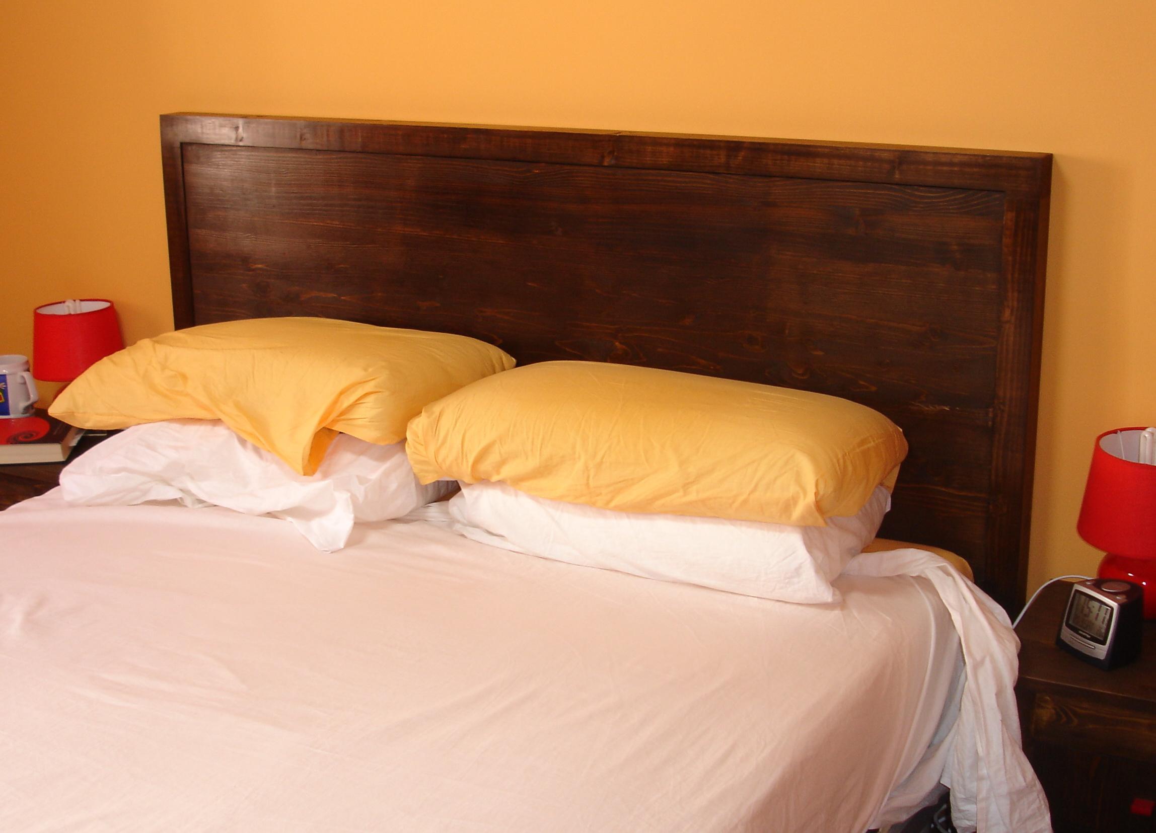 Homemade headboard / Cabecero de cama