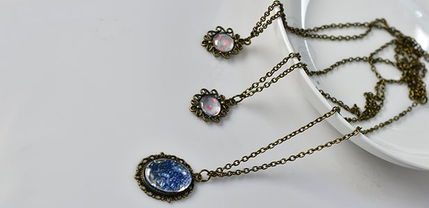 PandaHall Tutorial on How to Make Vintage Necklaces With Tibetan Pendants