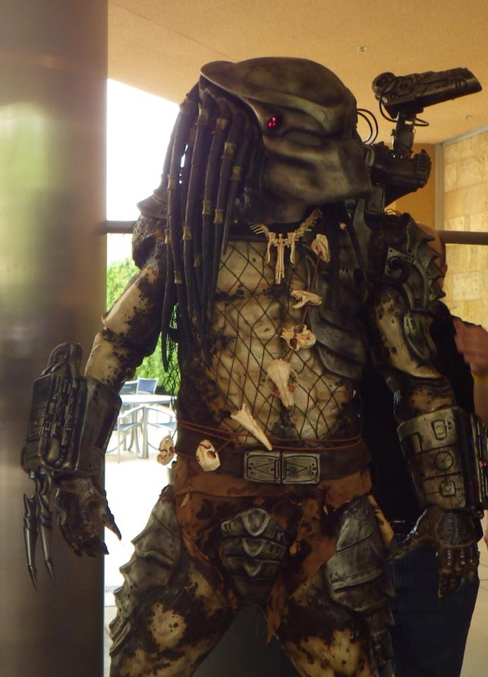 Building a replica Predator costume