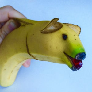 Play With Food: Make a Banana Pig
