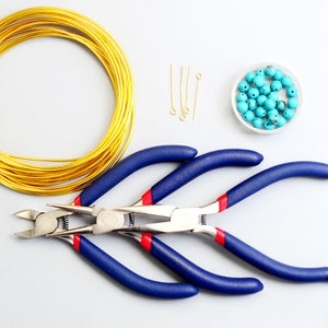 Supplies Needed to Make the Wire Bangle Bracelet: