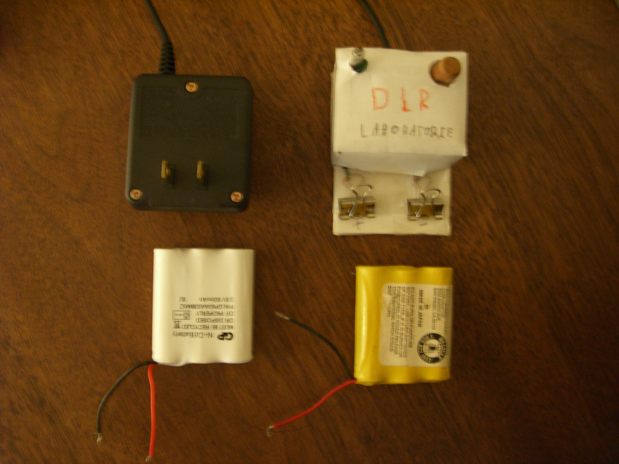 Easy Nickel Cadmium Battery Charger / Discharger
