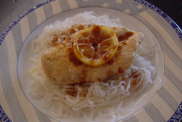 Lemon, Garlic, Dill Chicken (Gluten Free, Low Calorie, Low Carb