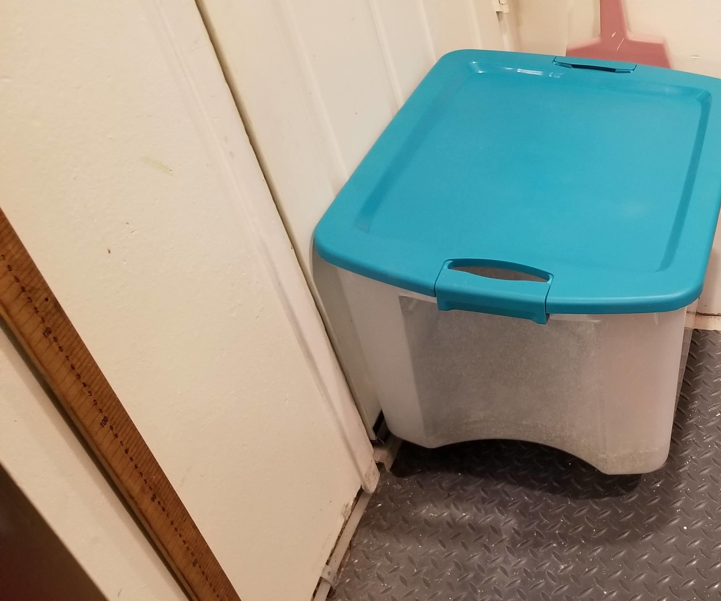 Simple Cat Litterbox Enclosure