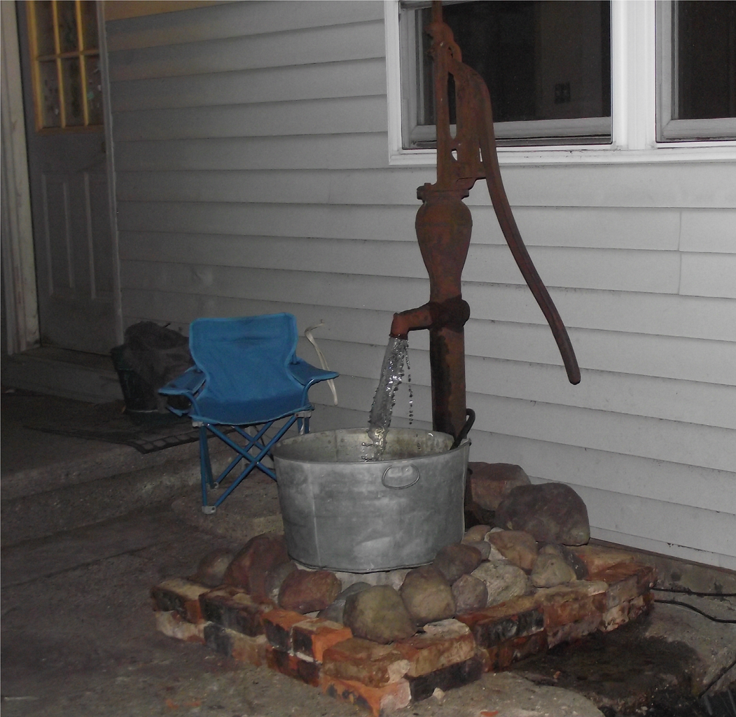 Water Fountain Using Reclaimed Materials