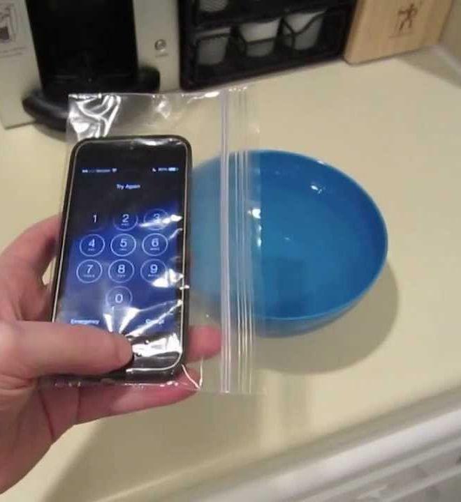 Cheap Simple Waterproof Phone Protector