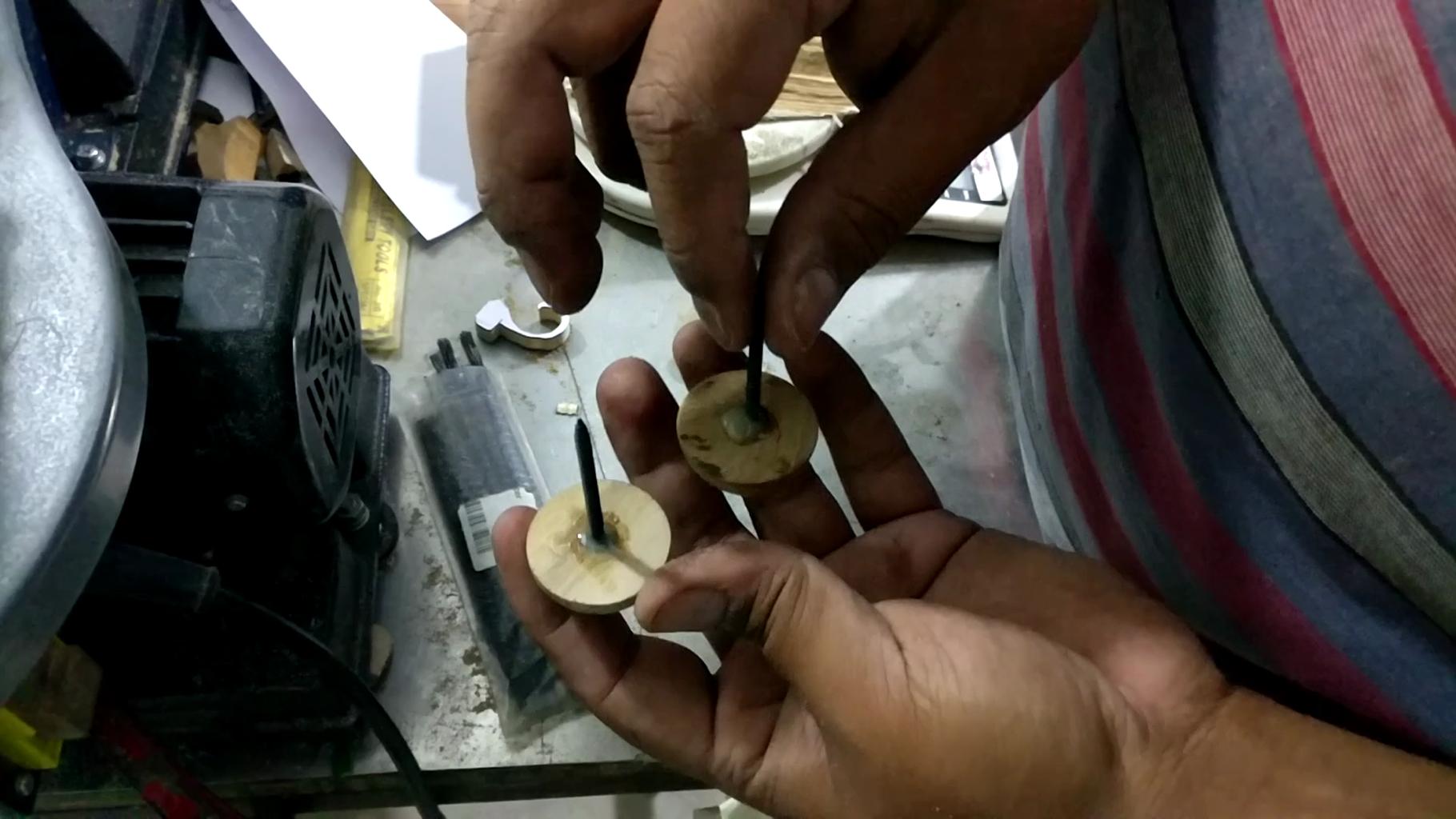 Making the Decorative Rivit Head