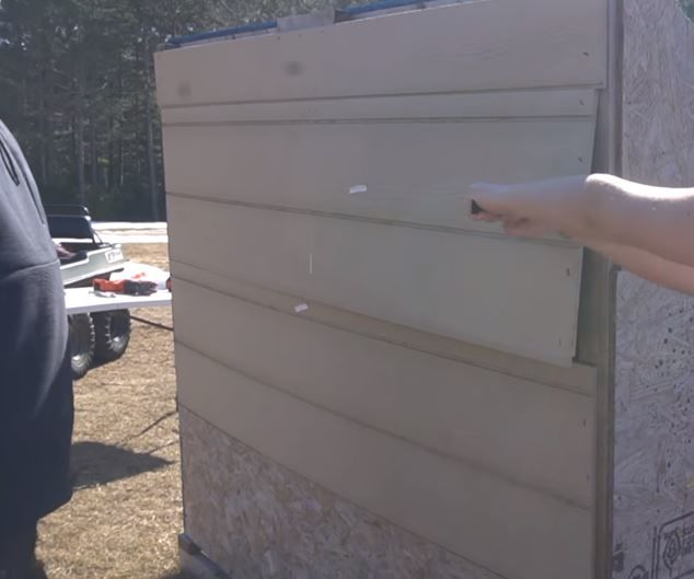 How  to Unbox and Build a Chicken Coop