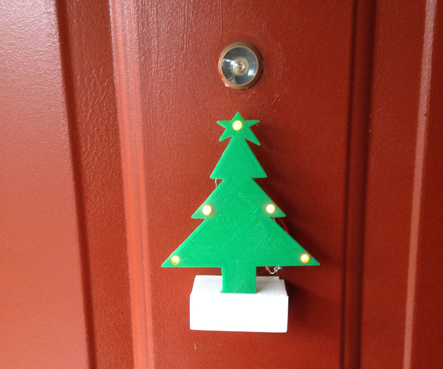 DIY Mini Christmas Tree - gift for the young makers at home