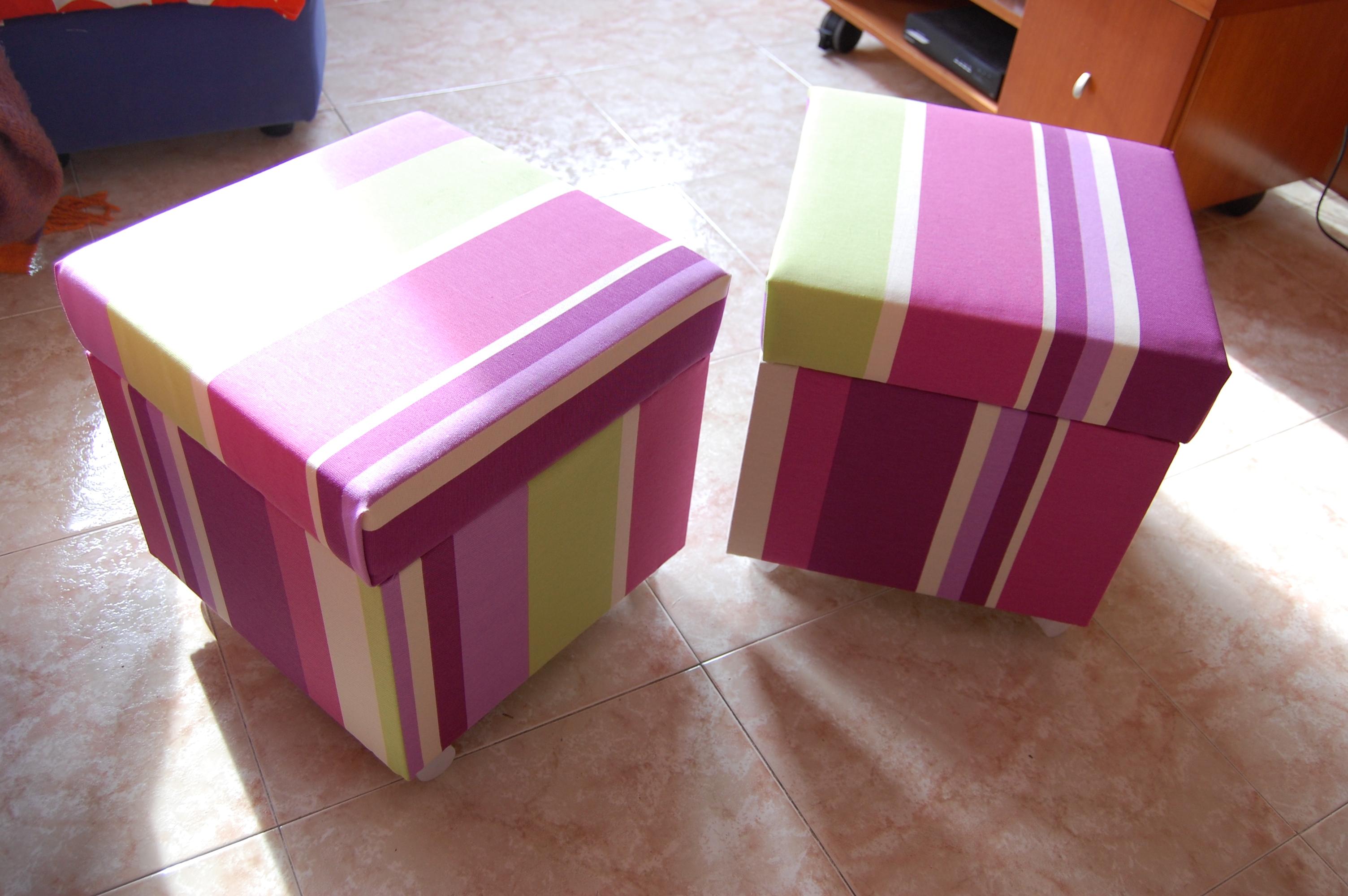Storage space in a Solsta Pallbo footstool