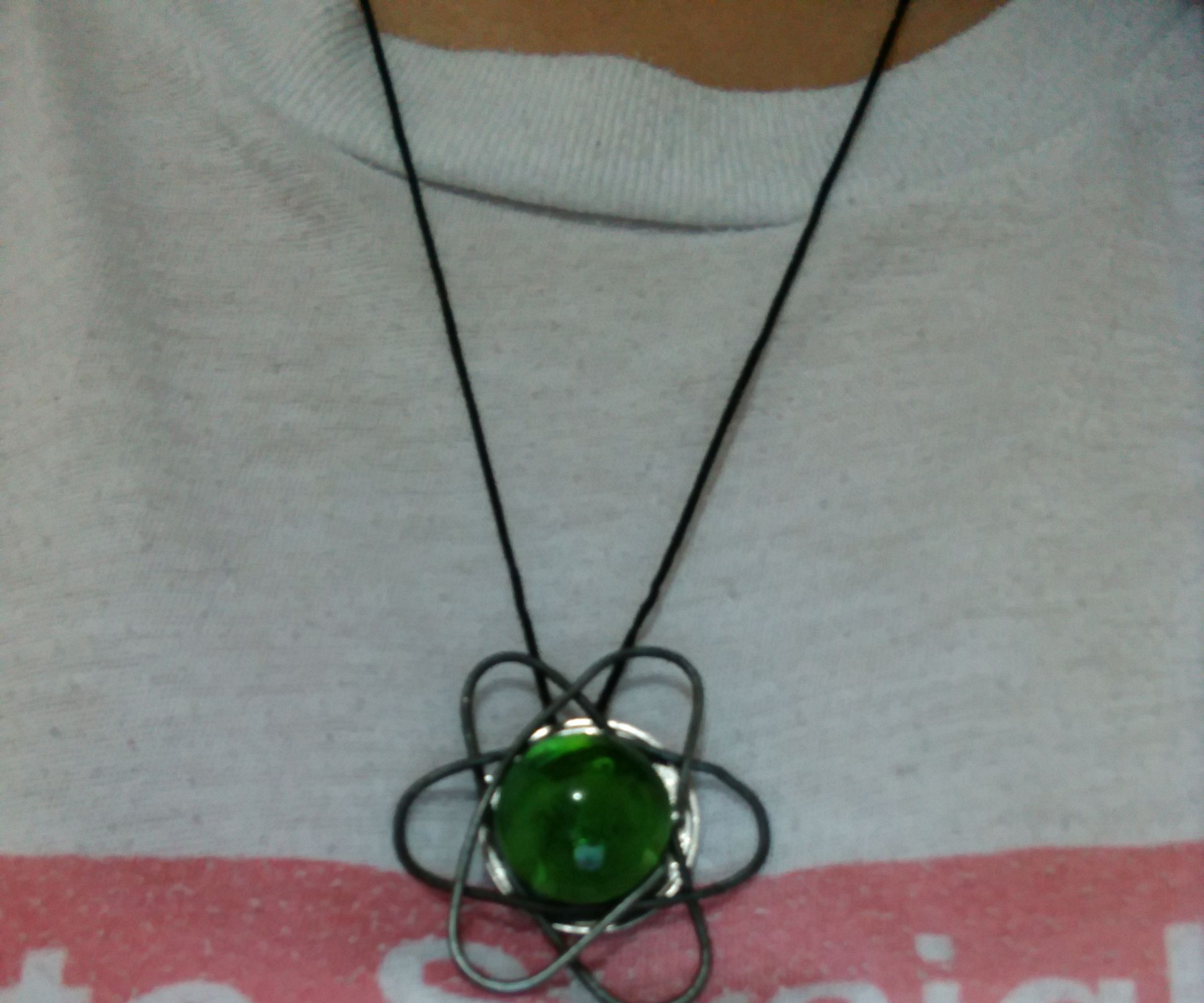 Atom-inspired Necklace